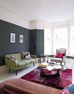 This stunning modern vintage decor is on trend right now. We sell similar rugs… Modern Vintage Decor, Modern Retro, Mad About The House, Green Sofa, Living Room Grey, Living Area, Living Rooms, Grey Walls, Dark Walls