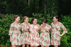 Love these #floral #bridesmaids #robes! Love them for getting ready #photos!