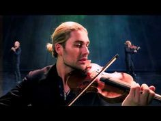 "David Garrett - ""Viva La Vida"" by himself - One man performance. Amazing! #violin #music #videos"