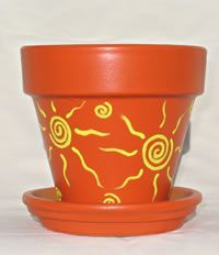 Earthpots: Hand-painted terracotta pots - All About Flower Pot Art, Flower Pot Design, Flower Pot Crafts, Clay Pot Projects, Clay Pot Crafts, Cement Crafts, Painted Plant Pots, Painted Flower Pots, Terracotta Flower Pots