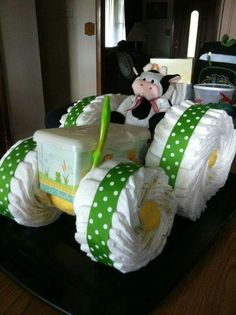 Adorable idea instead of a diaper cake!!