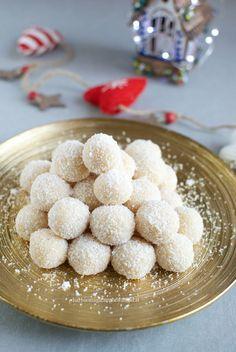 tartufi al cocco e cioccolato bianco