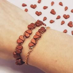 """112 Beğenme, 2 Yorum - Instagram'da Beads Direct (@beadsdirect): """"How cute are the new Amos beads?! Make little heart patterns just like this with your free project…"""" Peyote Patterns, Beading Patterns, Diy Jewellery, Jewelry, Beads Direct, Bangles, Beaded Bracelets, Morse Code, Handmade Beads"""