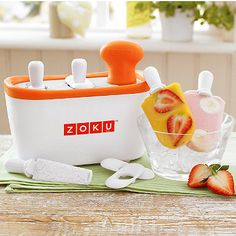 Clever ice lolly maker. Makes lollies in less than 10 minutes!