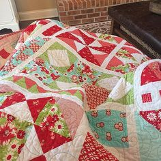 Aiming for Accuracy Quilt. www.thecottagemama.com