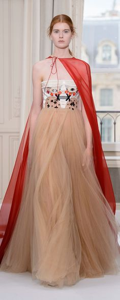 Schiaparelli Fall-winter 2017-2018 - Couture - http://www.orientpalms.com/Schiaparelli-6796 - ©ImaxTree