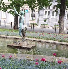 """Girl with a horn of plenty"", work of sculptor Đorđe Jovanović."
