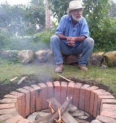 Diy Fire Pit, Fire Pit Backyard, Outdoor Projects, Garden Projects, Outdoor Fire, Outdoor Living, Diy Jardin, Outside Fire Pits, Fire Pit Designs