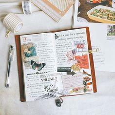 Serge Lutens L`orpheline,喜欢她的冷漠孤寂和温柔沉醉。 #midori#midoritravelersnotebook#travelersnote#travelersnotebook#weeklyplanner#planner#diary#photooftheday#lifestyle#手帳#文房具#紙膠帶