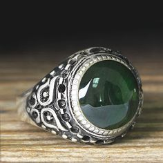 925 K Sterling Silver Man Ring Green Amber 11 US Size $39.61