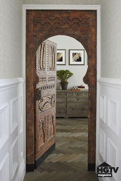Moroccan Bedroom, Moroccan Interiors, Moroccan Design, Moroccan Decor, Moroccan Style, Moroccan Lanterns, Modern Moroccan, Design Marocain, Door Design