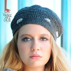 Grey beret 100% delicious by Vinntagefac on Etsy