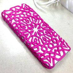 Customize your accessories with Rit Dye. DIY Phone case.