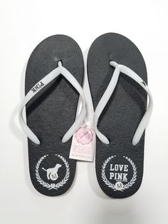 Brand new with tags attached! Size M (7/8) ♡This is the actual photo of the flip flops that you will be receiving. Please note: these are marked down due to minor marks (pls see photos) •Same day FREE shipping! •Smoke & cat free CLEAN home! •Make an offer! •I do bundle deals! I have many other colors! Pink Flip Flops, Pink Sandals, Brand New, Smoke, Cat, Free Shipping, Colors, Photos, Fashion