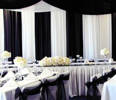 Gorgeous Black and White Wedding Idea! - California Weddings At: http://www.FresnoWeddings.Net/