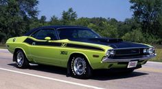 """70 Dodge Challenger TA 440 six pack"