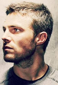 The Flash and Arrow . Stephen Amell as Oliver Queen Hot Men, Sexy Men, Hot Guys, Oliver Queen Arrow, Colin Donnell, Stephen Amell Arrow, Look Man, Blonde Guys, Blond Men