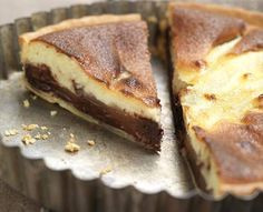 Tarta de peras y chocolate crujiente