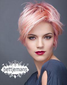 Visit the post for more. Short Straight Hair, Short Hair Cuts For Women, Short Hair Styles, Beckham Hair, Modern Short Hairstyles, Light Blue Hair, Wacky Hair, Gray Hair Highlights, Hair Color Pink