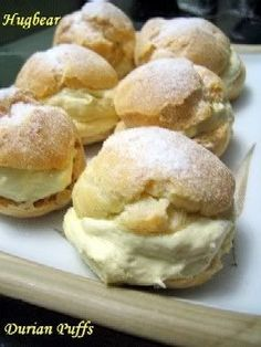 Durian Recipe, Donuts, Durian Cake, Puff And Pie, Cream Puff Recipe, Malaysian Food, Malaysian Recipes, Asian Desserts, Desert Recipes