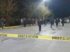 PIEDRAS NEGRAS, Coahuila -- Authorities in this border state continue to look into the gory discovery of three decapitated bodies that the Los Zetas cartel dumped in public places. The heads were found in separate locations immediately south of the U.S.-Mexico border below the Del Rio Sector.