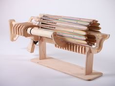 Shoot fast, charge fast! Huge ammunition and destructive force. Rubber band apocalypse is coming!
