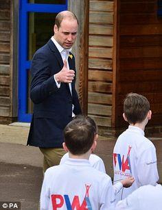 Prince William has group Welsh schoolchildren in stitches | Daily Mail Online