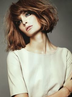 Check out these 8 choppy bob hairstyles for thick hair, from Short Hairstyles: Thick hair type owners thinks hard to handle this hairstyle but now, we collect different hair ideas in this article of Choppy Bob Hairstyles For Thick Hair. Short Hairstyles For Thick Hair, Wavy Hair, Pretty Hairstyles, Her Hair, Short Hair Styles, Summer Hairstyles, Hairstyle Ideas, Blonde Hair, Choppy Hairstyles