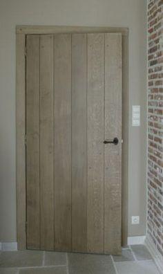 //doors all interior = closets + pantry Barn Door In House, House Doors, Doors And Floors, Windows And Doors, Inside Doors, Cool Doors, Traditional Doors, Internal Doors, Home And Deco