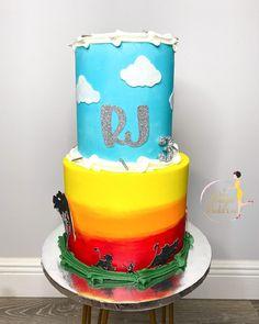 """𝐐𝐮𝐚'𝐓𝐞𝐬𝐡𝐚 𝐅𝐞𝐥𝐝𝐞𝐫•𝗖𝗮𝗸𝗲 𝗗𝗲𝘀𝗶𝗴𝗻𝗲𝗿 on Instagram: """"Hakuna Matata👑 𝐈𝐭 𝐦𝐞𝐚𝐧𝐬 𝐧𝐨 𝐰𝐨𝐫𝐫𝐢𝐞𝐬! : : : : : : : : : : : : : : : : : : : : : : : : : #lionkingcake #birthdaycake #boybirthday…"""" Boy Birthday, Birthday Cake, Lion King Cakes, Hakuna Matata, Custom Cakes, Treats, Desserts, Instagram, Food"""