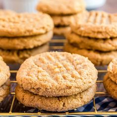 It doesn't get any easier than these 3 ingredient Peanut Butter Cookies. Whip up a batch of delicious homemade peanut butter cookies that are naturally flour-free and dairy-free! Peanut Butter Cookies 3 Ingredient Recipe, Homemade Peanut Butter Cookies, 3 Ingredient Cookies, Classic Peanut Butter Cookies, Cookies Ingredients, Peanut Cookies, 3 Ingredients, Butter Chocolate Chip Cookies