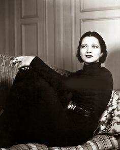 Kay Francis -- clotheshorse, baroness, society woman, specialized in biopics and weepies