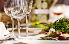 15 Etiquette Rules for Dining at Fancy Restaurants #smb #manners #highend