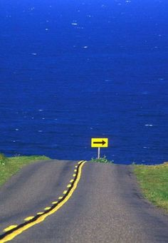 Road to Ocean....Whoa!! Make a sharp right or enjoy an ocean view you'll never forget :)