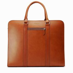 The luxury leather goods brand Oppermann London is currently showing its collection in its newly opened pop-up shop in Shoreditch, London. Mens Luggage, European Men, Day Bag, Best Brand, Italian Leather, Parisian, Leather Bag, Man Shop, Mens Fashion