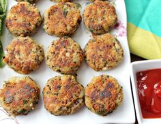 Looking for Fast & Easy Appetizer Recipes, Healthy Recipes, Lunch Recipes, Snack Recipes, Vegetarian Recipes! Recipechart has over free recipes for you to browse. Find more recipes like Quinoa Potato Cakes. Quiches, Vegan Recipes, Cooking Recipes, Cooking 101, Potato Recipes, Yummy Recipes, Free Recipes, Chicken Recipes, Recipies