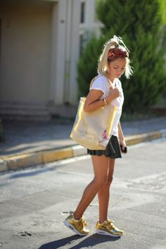 Smart Casual... | Tuğba Tunçkaya  Tuğba Tunçkaya  http://www.tugbasatelier.com    #fashion #tugbatunckaya #loveit #style #styleblogger #streetstyle