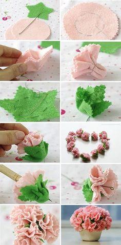 Felt Carnation Banquet DIY-1 | www.FabricArtDIY.com