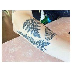 Tattoo by Tea Leigh