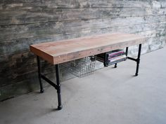 This could be so easy to recreate.  Would make an awesome kitchen island.