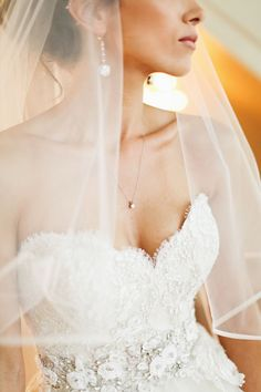 Timeless elegance #cedarwoodweddings An American Fairytale :: Mayra+Kevin, Part 1 | Cedarwood Weddings