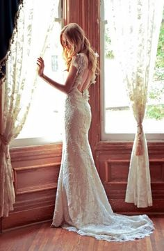 Like the dress and should look at the website.-CJ http://www.howtogoaboutplanningawedding.com/ has a step by step guide on the process of planning a wedding.