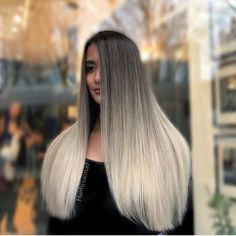 Sarmad Najem (@hairbysarmad to his 73,000 followers) of Clear Hair Studio in Vancouver, BC is known for his beautiful, seamless color melts. A prime example? This cool-toned, ashy blonde blend that we are currently obsessing over. Here's Sarmad's color formula and how-to so you can achieve the look in your salon!