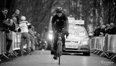REFLECTIONS ON THE SEMI-CLASSICS BY KRISTOF RAMON - Tom Boonen hurt his knee in a crash earlier in the race and abandoned on top of the Kemmelberg.