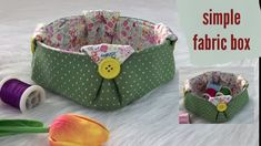simple fabric box,fabric storage box,diy fabric basket,easy fabric box,fabric diy,wandee easy sewing - YouTube Fabric Storage Boxes, Fabric Boxes, Fabric Basket Tutorial, Diy Box, Sewing Projects For Beginners, Lunch Box, Tote Bag, Simple, Organizers