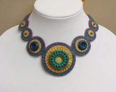 Turquoise Felt Necklace  Spiral Felt Necklace от SecondSkein
