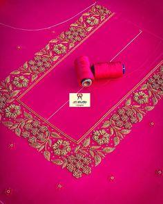 Hand Work Design, Hand Work Blouse Design, Simple Blouse Designs, Stylish Dress Designs, Bridal Blouse Designs, Aari Work Blouse, Hand Embroidery Dress, Embroidery Neck Designs, Bead Embroidery Patterns