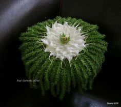 floral art by Paul Gorbenko