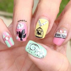 nail art.design inspired by @wildflowersnails