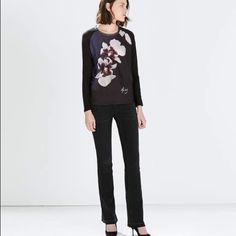 Zara flower front TSHIRT New with tag. Main fabric 100% linen. secondary 100% polyester Zara Tops